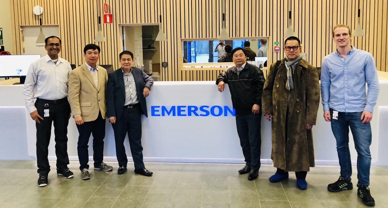 Chuyến thăm và kiểm tra thiết bị tại hãng Rosemount Tank Radar – Emerson – Đoàn Công ty TNHH Hải Linh