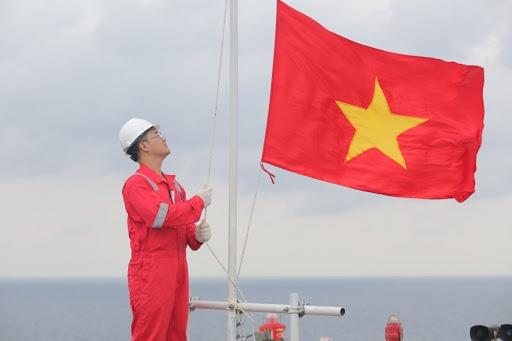 (Tiếng Việt) Sửa đổi chính sách phát triển dầu khí